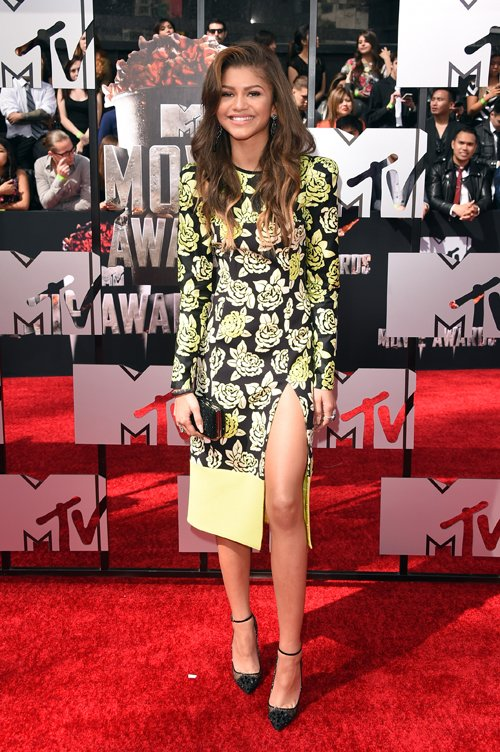 zendaya-coleman-2014-mtv-movie-awards-emanuel-ungaro-fall-2014-dress
