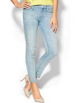 The Looker Ankle Fray Jeans - Just a little white lie