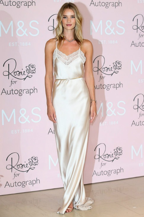 rosie-huntington-whiteley-rosie-for-autograph-fragrance-launch-pic186362